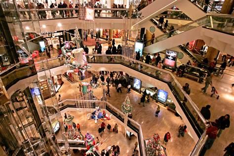 051128 holiday shopping hmed.grid 6x2 resized 600